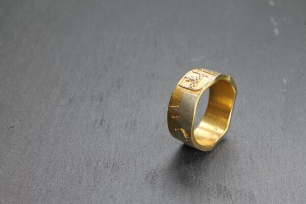 Breckerfeld Ring in vergoldet mit Wapen der Stadt Breckerfeld