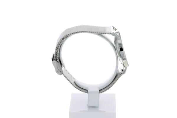 Hagen Uhr HagenUhr36MB in Edelstahloptik in 36mm Durchmesser mit Milanese Armband - Von rechts